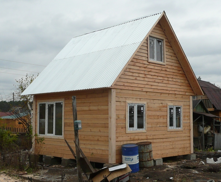 построить дачный дом своими руками