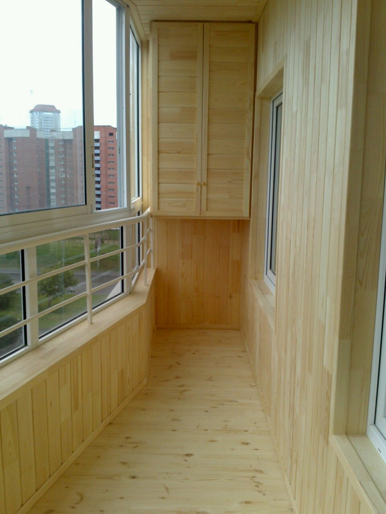 Арсеналстройгруп отделка балкона.